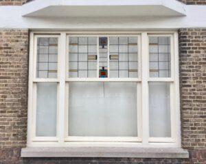 Voorbeeld glas in lood ramen jaren dertig